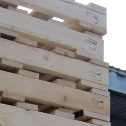 timber pallets with ispm 15 stamp