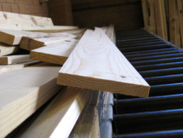 timber boxes and crates conveyor belt