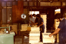 Manufacturing small boxes