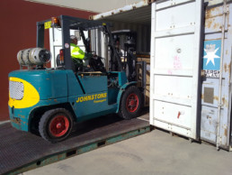 container packing on site